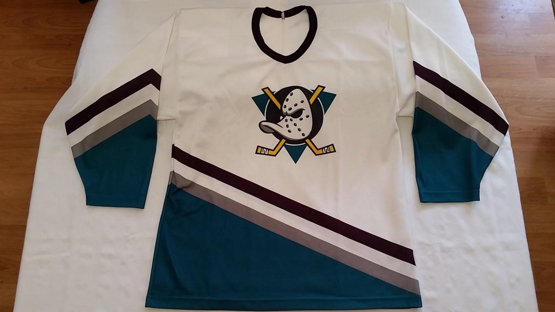 90s Anaheim Mighty Ducks NHL replica hockey jersey by CCM (Men sz. Large) 912e632adbf
